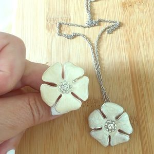 Jewelry - Enamel ring and necklace set